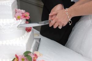 Foto cortando o bolo