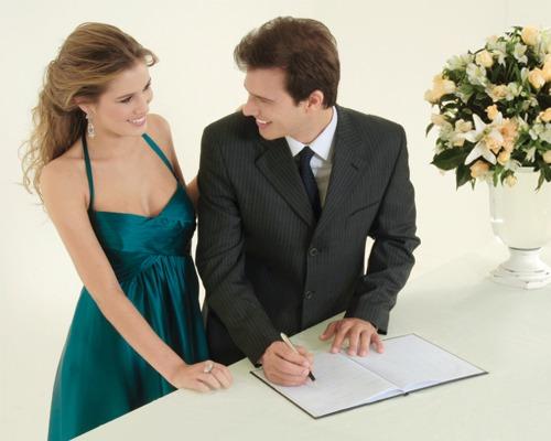 Sugestões de comemoração para casamentos diferentes no civil - passo a passo, dicas