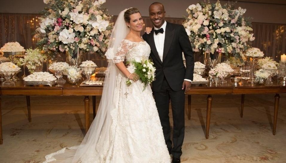Como poupar dinheiro para o casamento