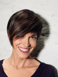 Quais penteados podem ser feitos com um corte bob - dicas e passo a passo
